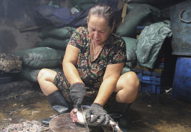 Độc đáo nghề hấp cá nuôi sống bao thế hệ - 9