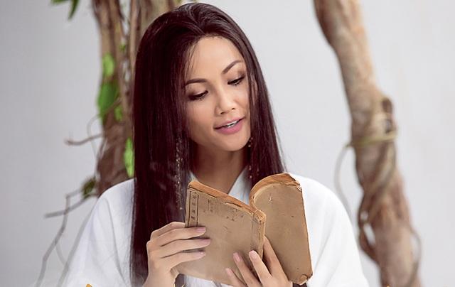 H'Hen Niê bất ngờ diễn xuất cùng con gái ca sĩ Phương Thanh - 4