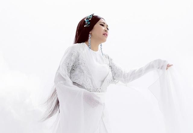 H'Hen Niê bất ngờ diễn xuất cùng con gái ca sĩ Phương Thanh - 1