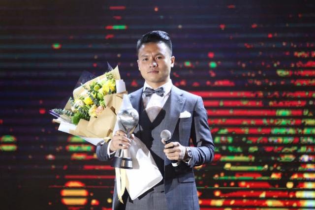 Chấn thương tại SEA Games, Quang Hải vẫn sáng cửa giành Quả bóng vàng Việt Nam - 2