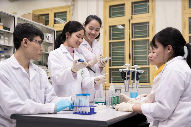 ĐH Quốc gia Hà Nội công bố phương án tuyển sinh dự kiến 2020 - 1