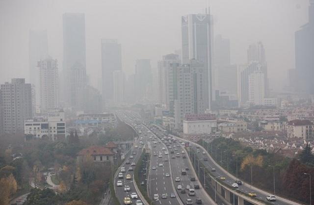 Sắp phải mua 2 tỷ kWh điện từ Trung Quốc, hơn 3.000 tỷ đồng chờ tính vào giá điện - 1