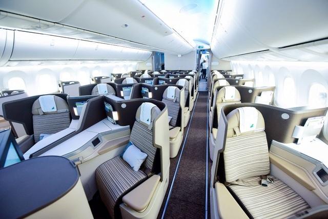 """Cận cảnh Boeing 787-9 Dreamliner """"Ha Long Bay""""- máy bay thân rộng đầu tiên của một hãng hàng không tư nhân Việt Nam - 5"""