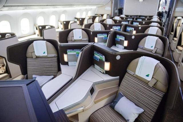"""Cận cảnh Boeing 787-9 Dreamliner """"Ha Long Bay""""- máy bay thân rộng đầu tiên của một hãng hàng không tư nhân Việt Nam - 6"""