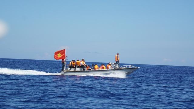 Tâm sự của thủy thủ con tàu đặc biệt - Bệnh viện trên biển - 4