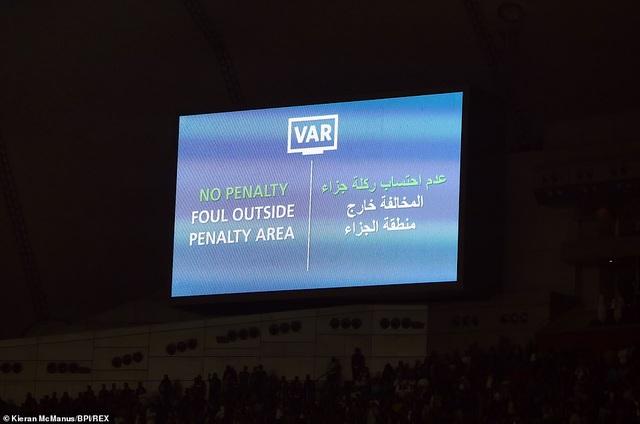 Những khoảnh khắc trong chiến thắng nghẹt thở giúp Liverpool vô địch FIFA Club World Cup - 11