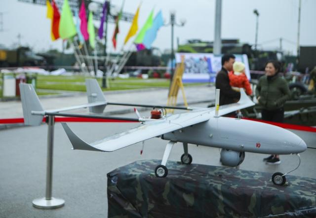 Cận cảnh bộ 3 máy bay trinh sát không người lái của Quân đội Nhân dân Việt Nam - 4