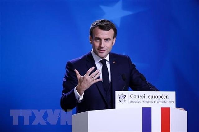 Nguyên thủ quốc gia Pháp tuyên bố xóa bỏ trợ cấp hưu của Tổng thống - 1