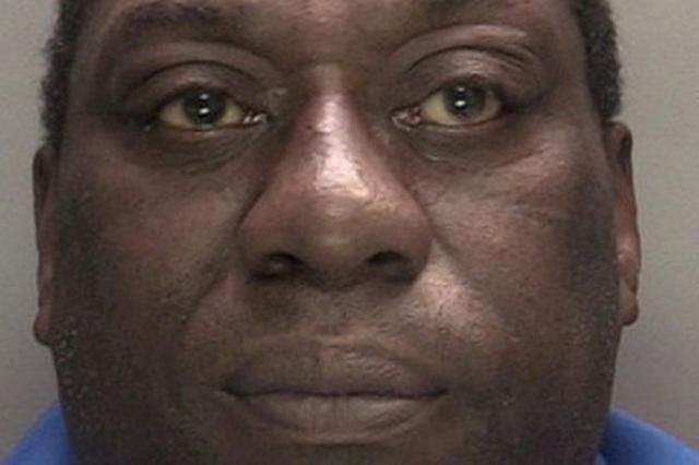 Chồng đi tù vì bắt vợ ăn đồ trong bát của chó - 2