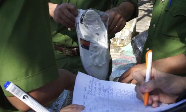 Liên tiếp bắt xe chở giày dép, mỹ phẩm không chứng từ ở Đà Nẵng - 3