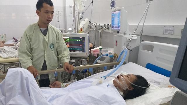 Xót xa hoàn cảnh người phụ nữ buôn ve chai bị hai em học sinh tông xe toàn thân như dập nát - 4