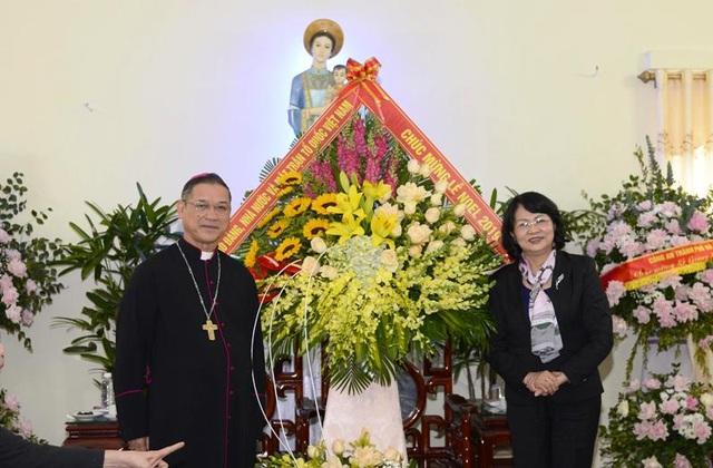 Phó Chủ tịch nước chúc mừng Giáng sinh tại Tòa Giám mục giáo phận Bùi Chu - 1
