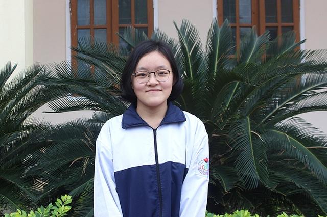 Nữ sinh Hà Tĩnh giành được học bổng 6 tỷ đồng từ ĐH Mỹ  - 1