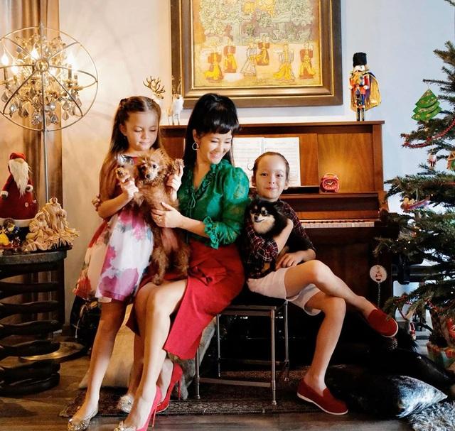 Diva Hồng Nhung xúc động mùa Noel hai con biết tự chăm nhau lúc mẹ bận - 3