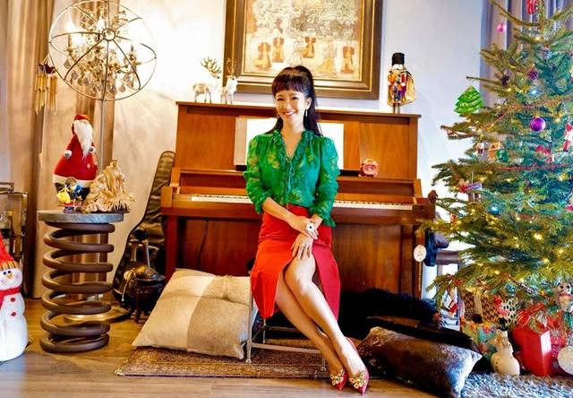 Diva Hồng Nhung xúc động mùa Noel hai con biết tự chăm nhau lúc mẹ bận - 1