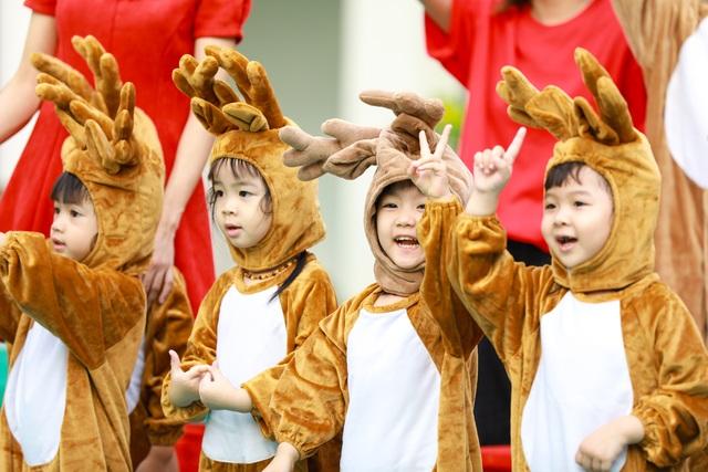 """Học sinh Royal School khoe tài năng âm nhạc, nô nức """"trẩy hội Giáng sinh"""" 2019 - 1"""