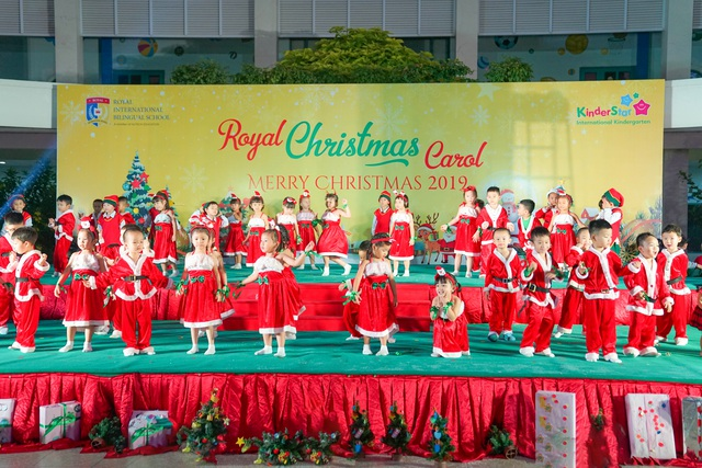 """Học sinh Royal School khoe tài năng âm nhạc, nô nức """"trẩy hội Giáng sinh"""" 2019 - 3"""