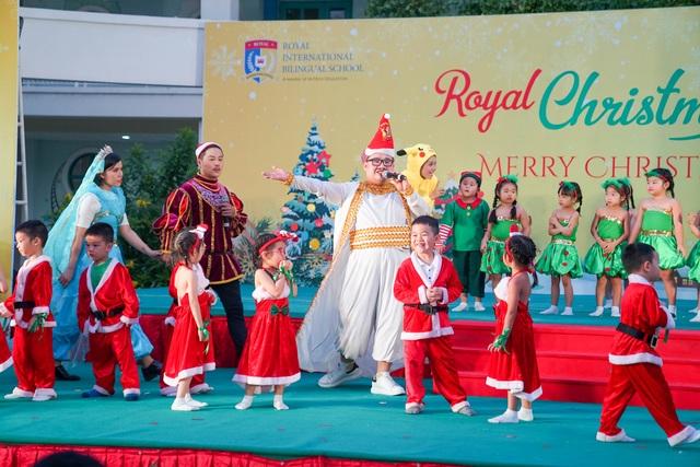 """Học sinh Royal School khoe tài năng âm nhạc, nô nức """"trẩy hội Giáng sinh"""" 2019 - 4"""