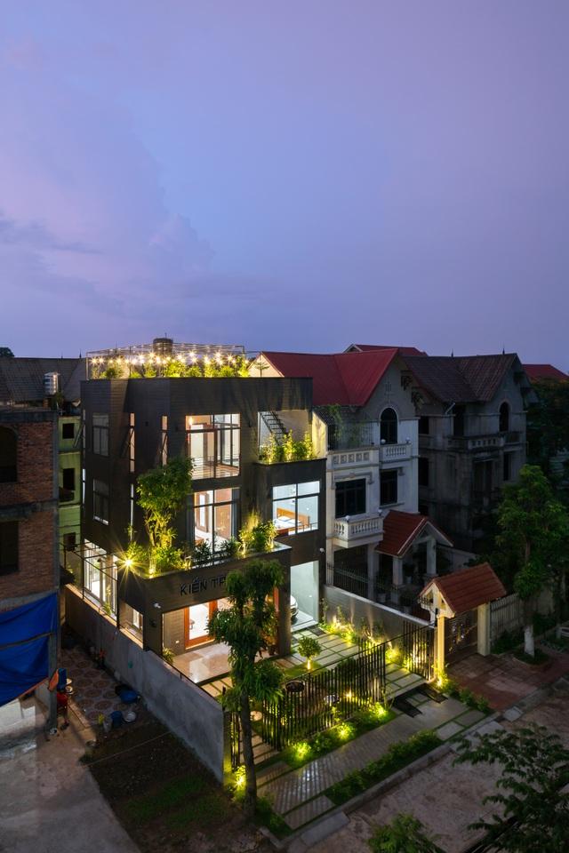 """Chủ nhà ở Bắc Ninh chi 2 tỷ đồng biến nhà hoang trở thành """"siêu biệt thự - 16"""