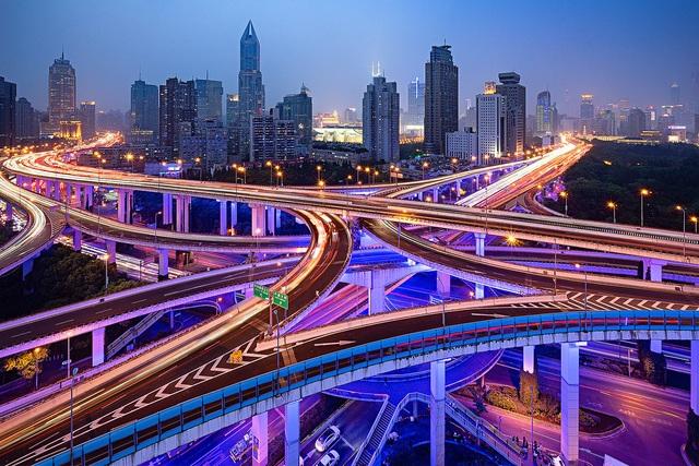 Ma trận nút giao thông 6 làn đường kết nối như lạc vào mê cung - 2