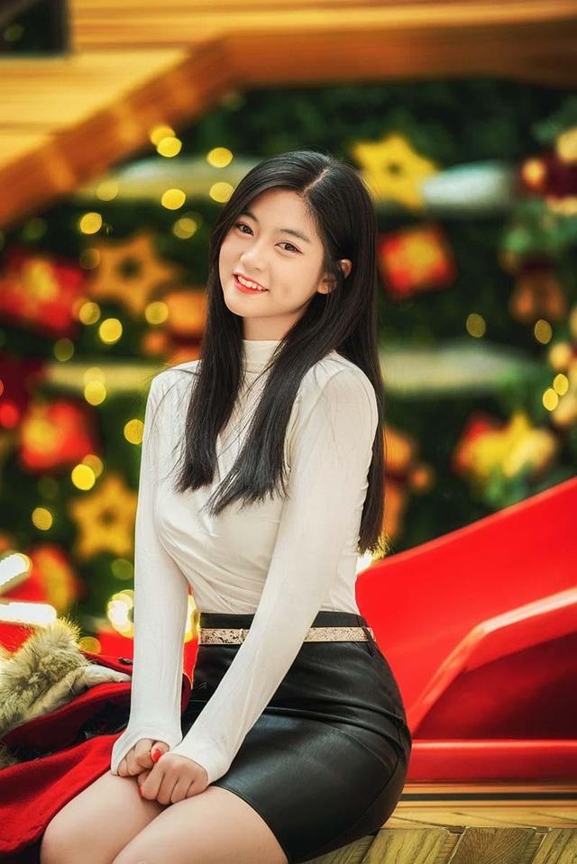 """Miss Teen Nam Phương: """"Hạnh phúc là Giáng sinh được ở bên gia đình"""" - 7"""