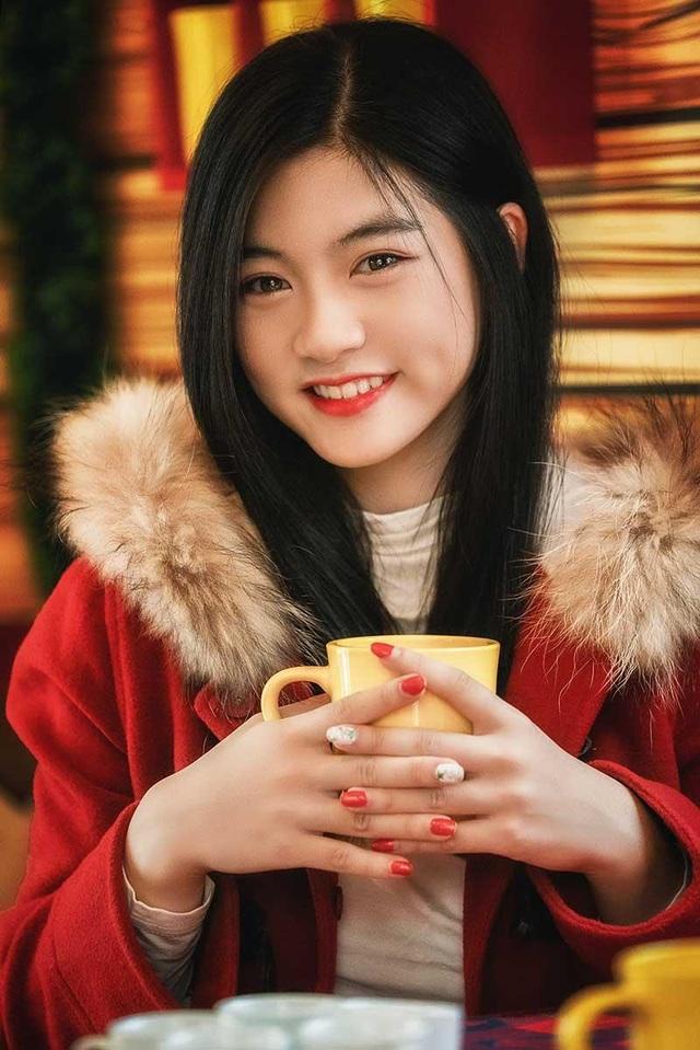 """Miss Teen Nam Phương: """"Hạnh phúc là Giáng sinh được ở bên gia đình"""" - 8"""