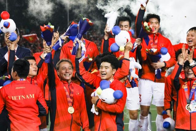 Nhìn Việt Nam hướng tới World Cup, người Trung Quốc chạnh lòng - 1