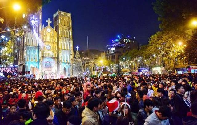 Những địa điểm hấp dẫn đón Giáng sinh tại Hà Nội - 2