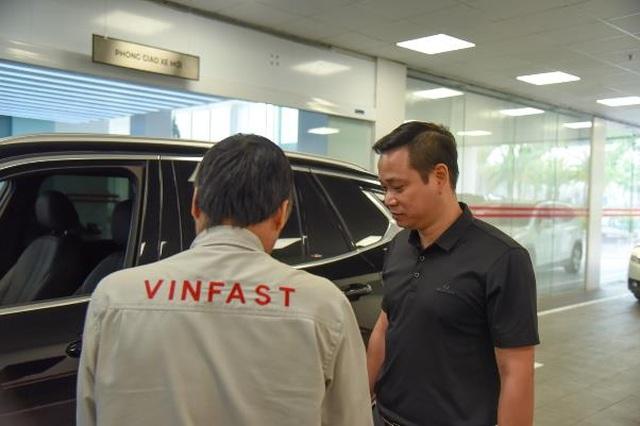 """Trải nghiệm một giờ làm """"thượng đế"""" của VinFast khi bảo dưỡng xe - 1"""