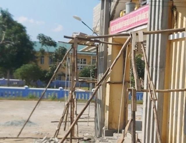 Sập giàn giáo nhà cộng đồng, một thợ xây tử vong - 1