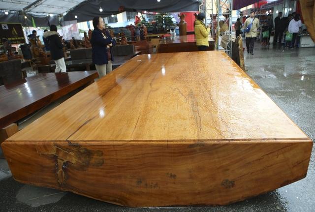 Chiêm ngưỡng những chiếc phản làm bằng gỗ cẩm giá hơn 2 tỷ đồng - 10