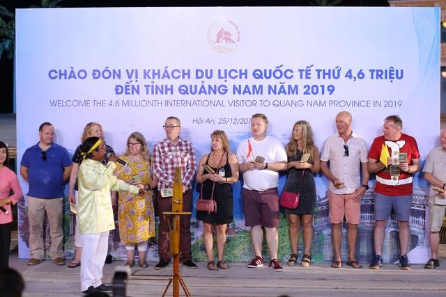 Quảng Nam đón chào vị khách du lịch quốc tế thứ 4,6 triệu năm 2019