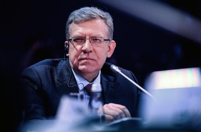 """Cựu Bộ trưởng tiết lộ cách ông Putin """"cứu"""" nền kinh tế Nga - 2"""