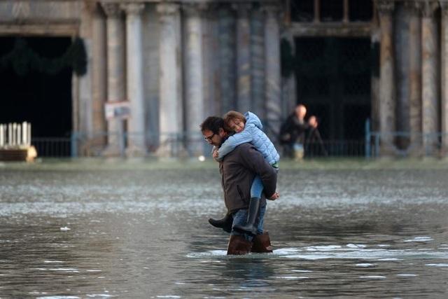 """Venice """"thất thủ"""" dịp Giáng sinh vì ngập nặng - 5"""
