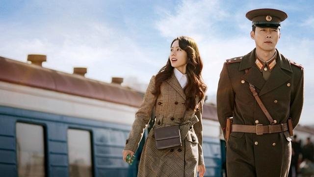 """""""Lịm tim"""" với điều ngọt ngào Hyun Bin nói về Son Ye-jin khi đóng """"Hạ cánh nơi anh"""" - 2"""