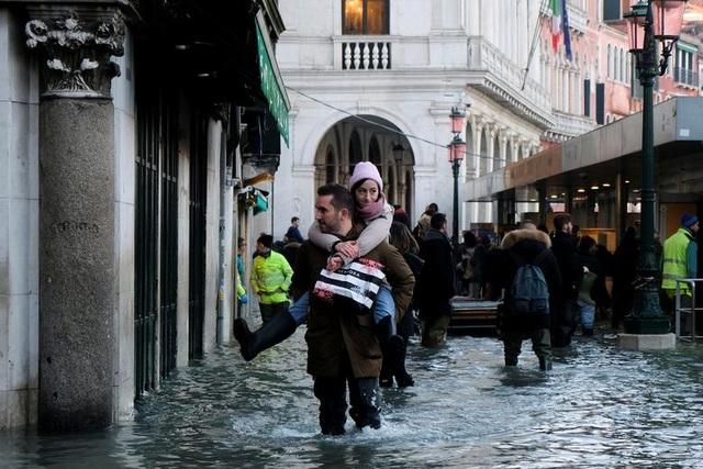 """Venice """"thất thủ"""" dịp Giáng sinh vì ngập nặng - 8"""