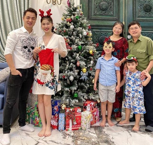 Sao Việt đón Giáng sinh như thế nào? - 16