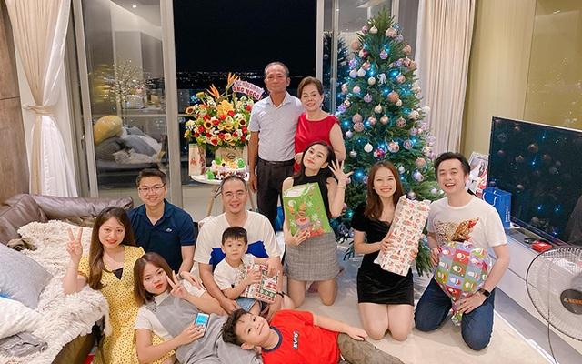 Sao Việt đón Giáng sinh như thế nào? - 5