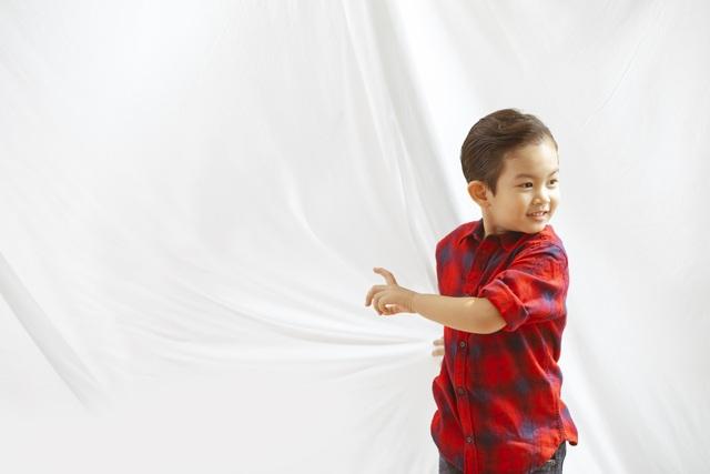 Khánh Thi - Phan Hiển bù đắp Giáng sinh cho con sau mùa SEA Games xa biền biệt - 8