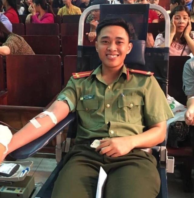 Quảng Bình: Tiếp nhận trên 12 ngàn đơn vị máu trong năm 2019 - 1