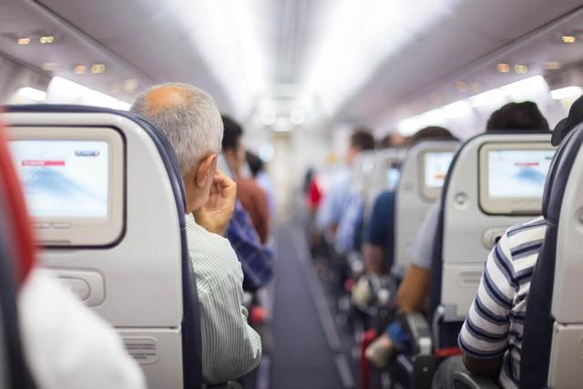 Nỗi ác mộng của chuyến bay 2 tiếng kéo dài thành... 2 ngày - 2