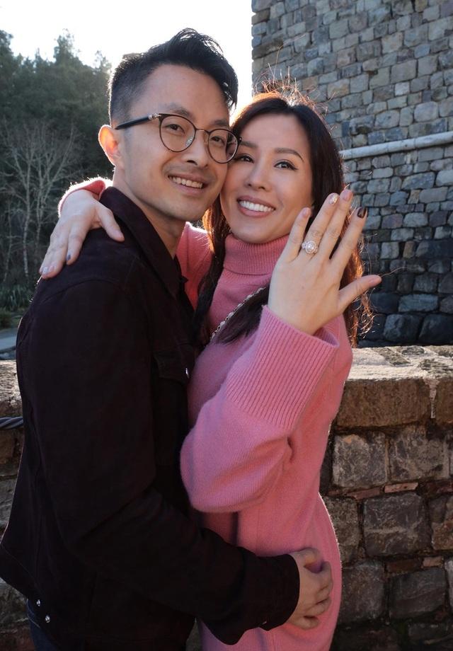 Hoa hậu Thu Hoài tiết lộ nhẫn cầu hôn hơn 2 tỷ của bạn trai kém tuổi - 5