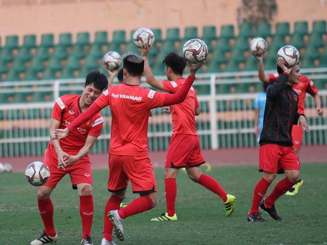 Đình Trọng hồi phục chấn thương, HLV Park Hang Seo yên tâm với hàng thủ - 5