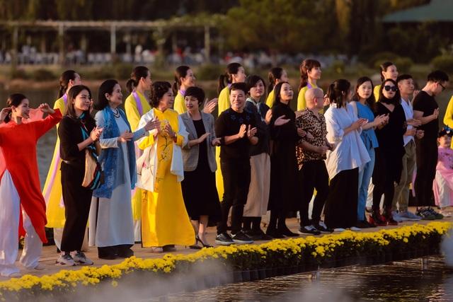 Lụa Bảo Lộc và khúc hoan ca bên Hồ Xuân Hương Đà Lạt - 12
