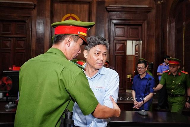 Yêu cầu không làm lộ bí mật Nhà nước tại phiên xử Nguyễn Hữu Tín - 5