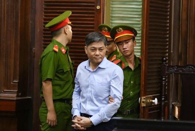 Nguyên Phó Chủ tịch TPHCM Nguyễn Hữu Tín lãnh 7 năm tù - 3