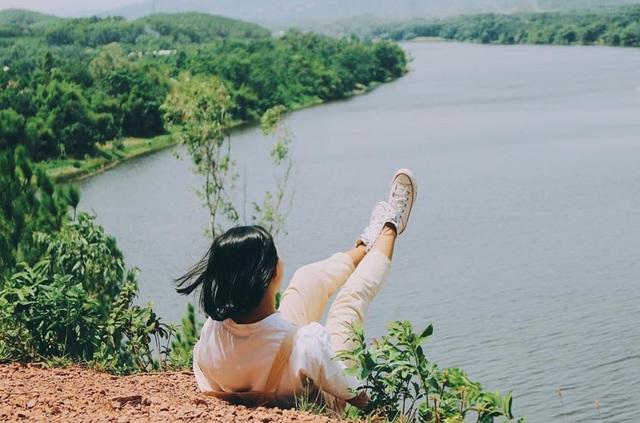 """Điểm danh những địa điểm đẹp như mơ tại Huế xuất hiện trong """"Mắt Biếc"""" - 7"""