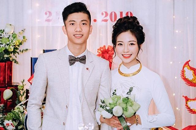 Hai đám hỏi gây bất ngờ trong giới cầu thủ Việt năm 2019 - 3