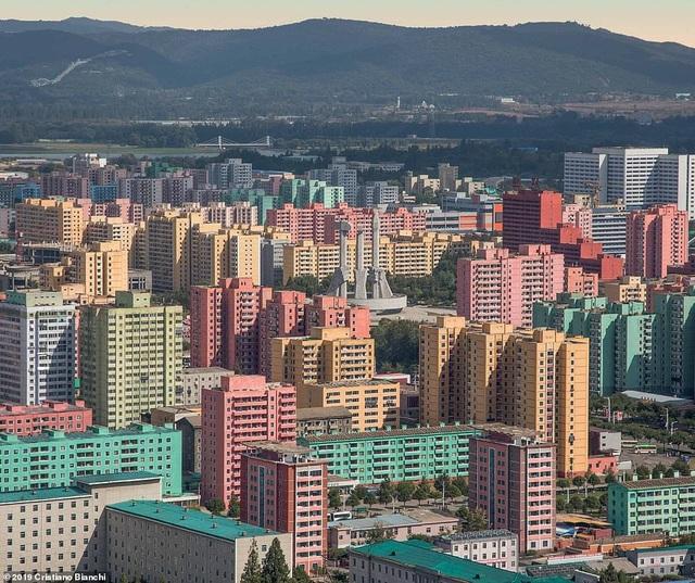 Kinh ngạc vẻ đẹp hoành tráng của các công trình kiến trúc ở Bình Nhưỡng - 4