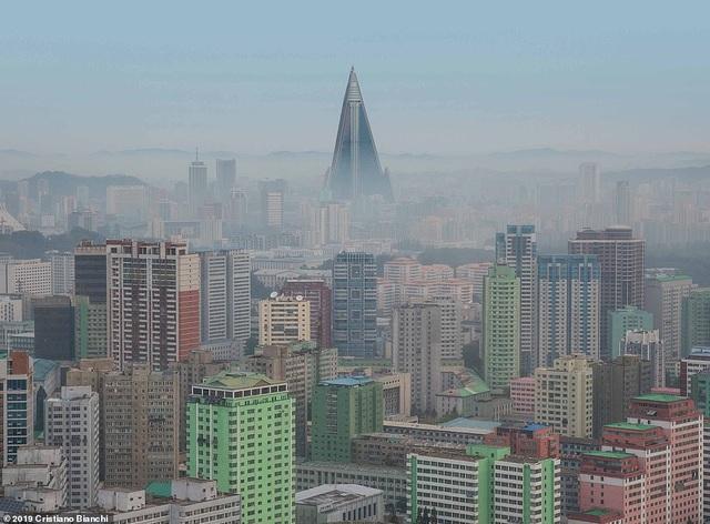 Kinh ngạc vẻ đẹp hoành tráng của các công trình kiến trúc ở Bình Nhưỡng - 8